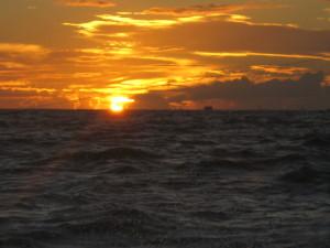 oahu_sailing_sunset
