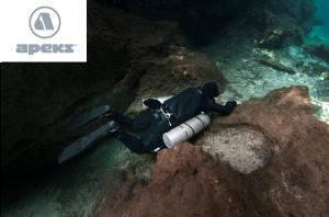 apek-sidemount-diver
